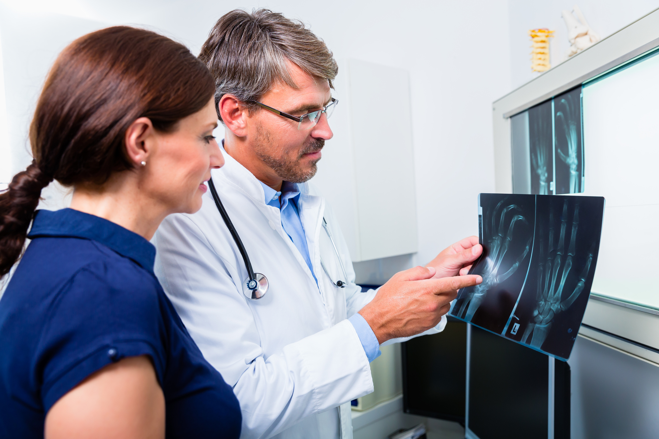 An orthopedist is what kind of doctor treats what diseases. Special features 24